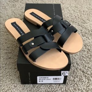 Steve Madden leather slide